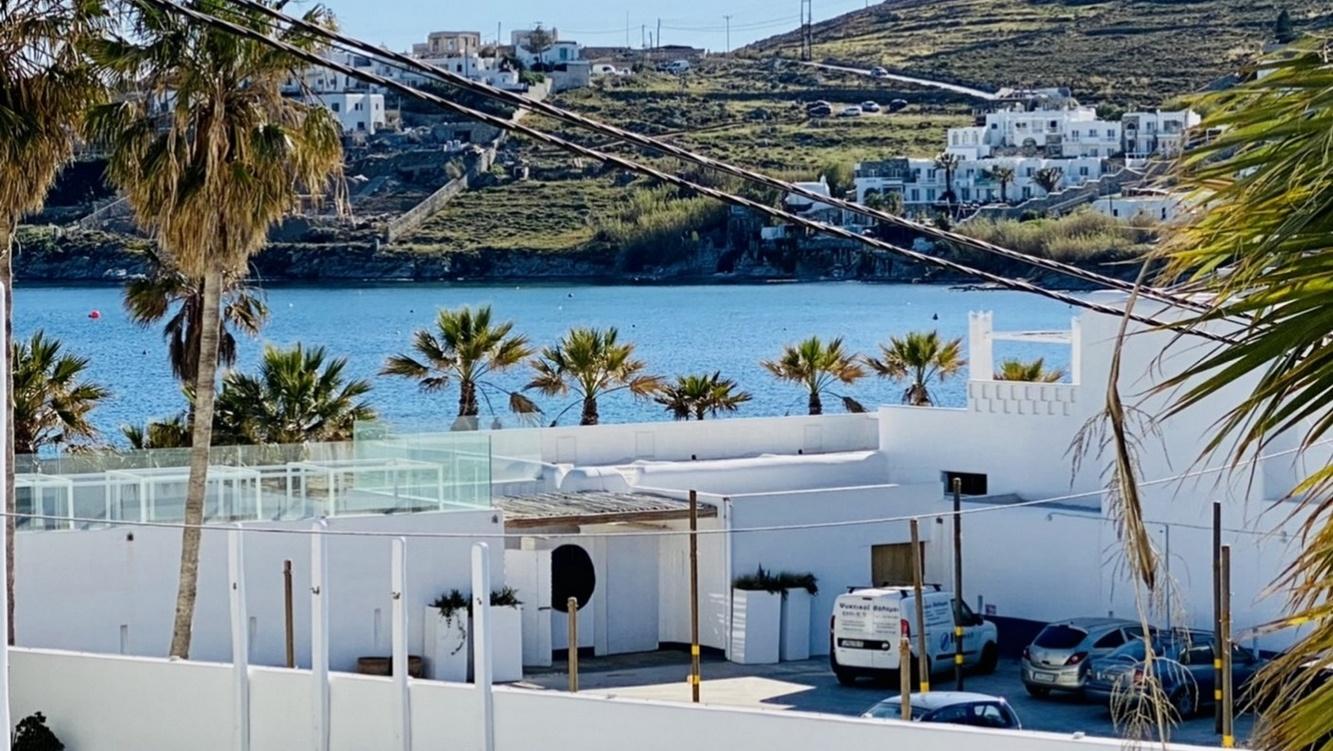 Mykonos Le Grand Bleu Beachfront Suite